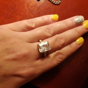Express ~ Cocktail diamond ring